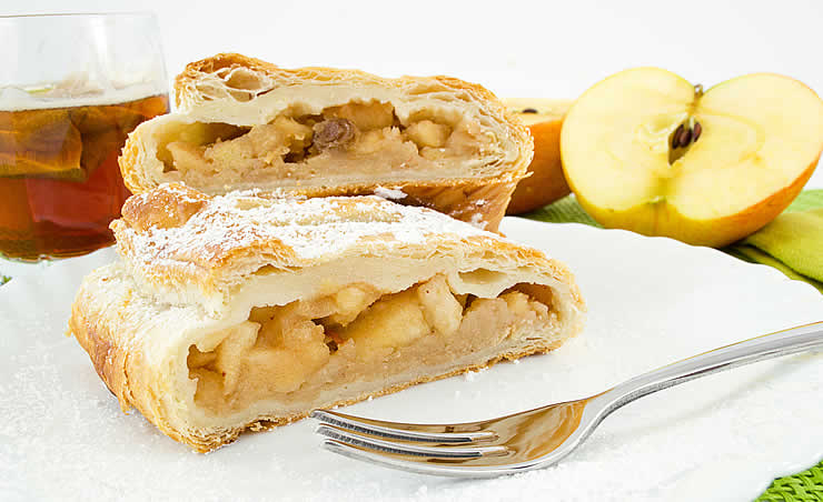 Apple strudel tyrolean cuisine